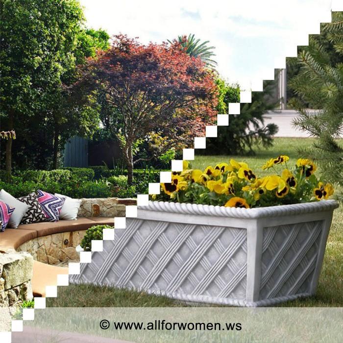 Положительные свойства цветочниц из бетона